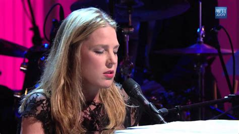 diana krall the look of love diana krall performs quot the look of love quot in performance