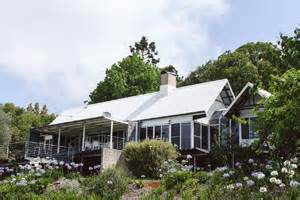 Mount Tamborine Accommodation Cabins by The Retreat Mount Tamborine 187 Cottages Chalets