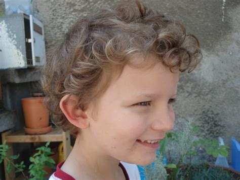 how to cut curly 2 year old boys hair apexwallpapers com how to cut a little boy s hair almost frugal