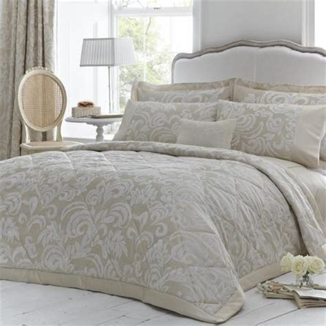Dorma Quilted Bedspreads by Dorma King Size Bedspread Throw Chagne Gold Versailles Used As Spare Ebay