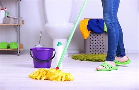 Mopping Bathroom Floor by How To Clean Your Bathroom Bathroom Design