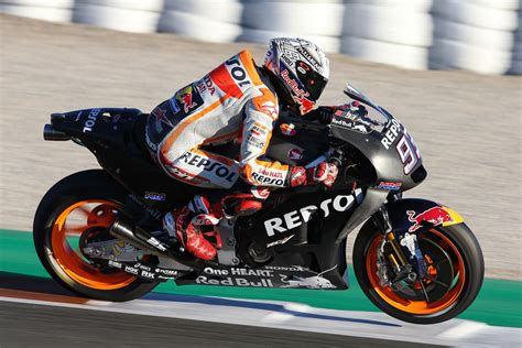motogp test valencia marquez tops valencia motogp post season test day 2