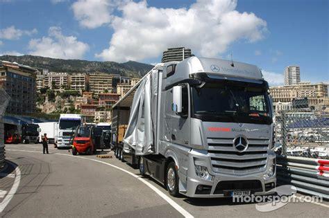 mclaren truck mclaren truck op monaco gp formule 1 foto s
