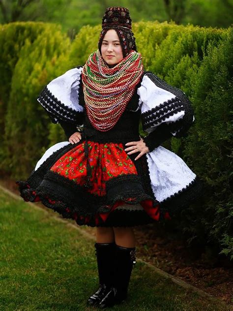 Wedding Attire Of Different Countries by Traditional Wedding Attire From Different Countries Across
