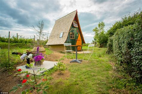 cottage airbnb airbnb wishlists reveal uk holidaymakers are after
