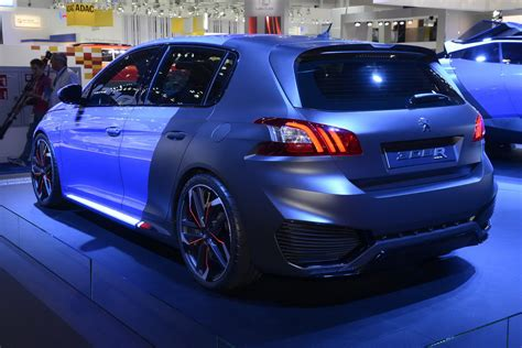 peugeot makes peugeot s 500ps 308 r hybrid makes its european debut