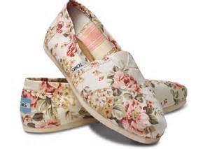 shabby chic womens classics toms com on wanelo
