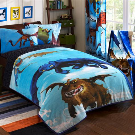 how to train your dragon bedroom how to train your dragon juvenile bedding blanket toddler