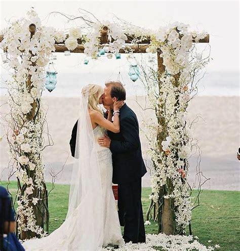arco fiori matrimonio arco di fiori per matrimonio 3 idee originali letteraf