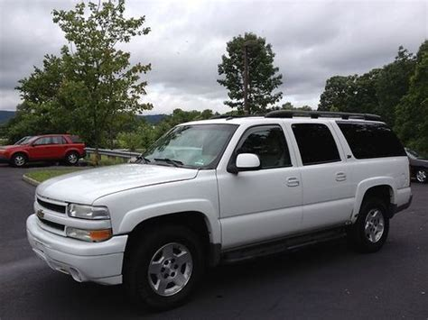 manual cars for sale 2002 chevrolet suburban 1500 security system purchase used 2002 chevrolet suburban 1500 z71 4x4 offroad sport utility 4 door 5 3l vortec in