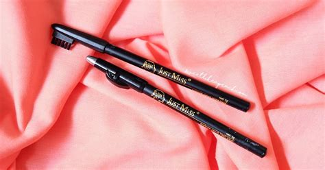 Pensil Alis Mukka Black Perfection Eyebrow ririeprams indonesia review pensil alis 4ribuan just miss