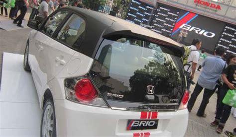 Kaca Lu Belakang Mobil Brio honda jamin kekuatan kaca belakang brio okezone news