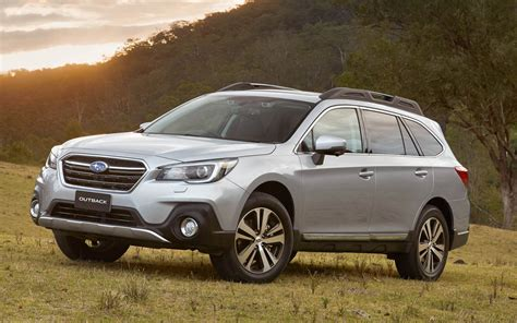 2018 subaru outback 2 5i limited comparison subaru outback 2 5i limited 2018 vs jeep