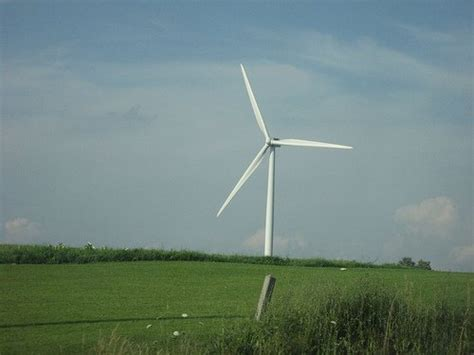 officials   answers  wind turbine collapse cleantechnica