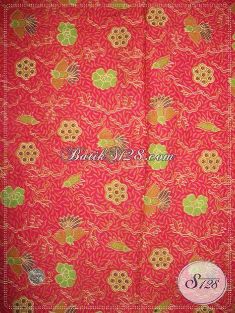 Kain Batik Motif Burung Warna Merah kain batik murah motif burung cuwiri unik kain batik warna merah mawar k846p toko batik