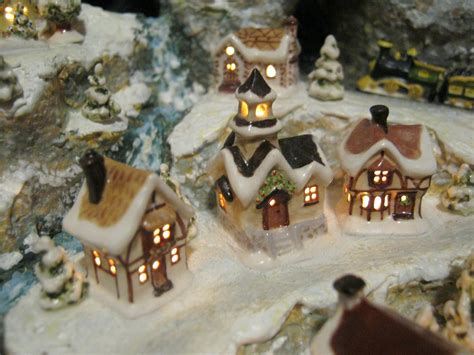 sylvia mobley at pinerose studio miniature christmas village