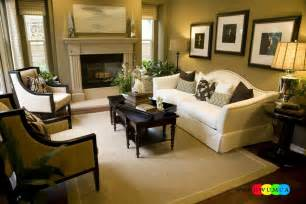 Decorating Ideas For Rectangular Living Room Design Small Living Room Layout Living Room Layout On