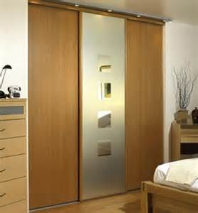 Wood Sliding Closet Door Wood Sliding Closet Doors For Bedrooms