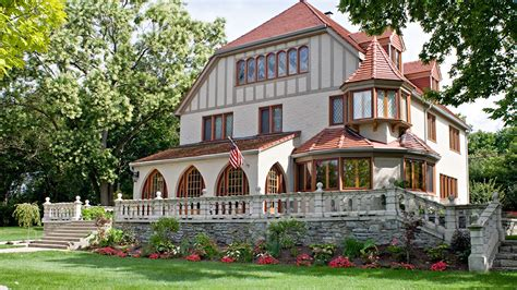 7 ways to determine a home s architectural style huffpost 7 ways to determine architectural styles life at home