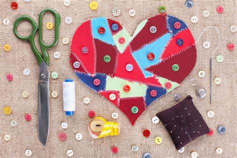 fabric crafts unique unique craft ideas that put your fabric scraps to use
