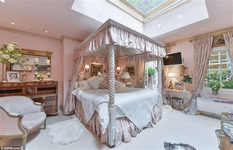 sleeping beauty bedroom lennox gardens flat hits the market just like fairytale