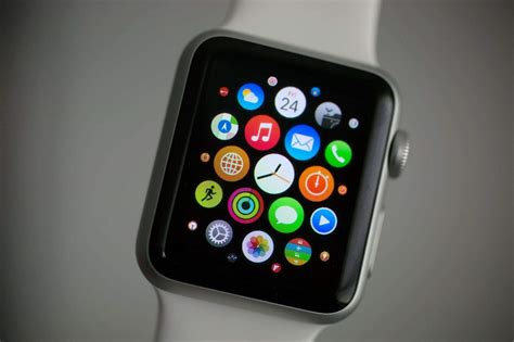 apple watch scientifically perfect way to organize your apple watch apps