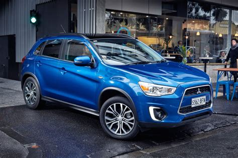 mitsubishi crossover 2015 mitsubishi asx asx gains subtle tweaks for 2015 goauto