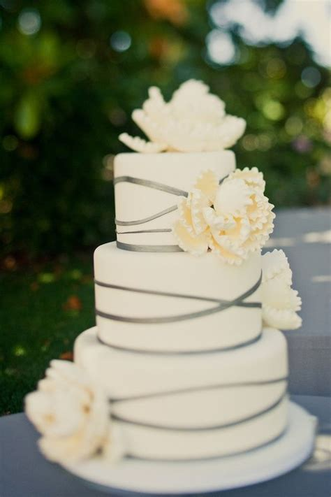 Hochzeitstorte Einfach by Simple And Wedding Cake Wedding