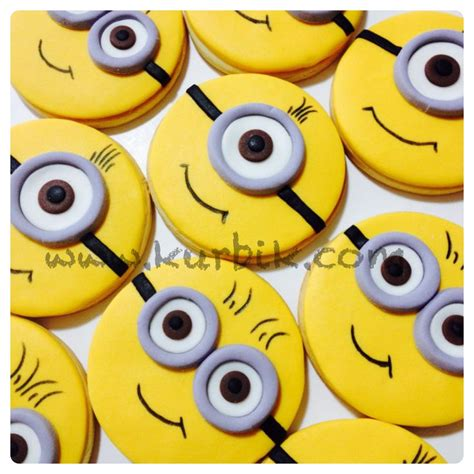 minion cookies decorated cookies