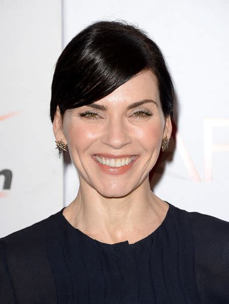 julianna margulies new hair cut julianna margulies ponytail long hairstyles lookbook