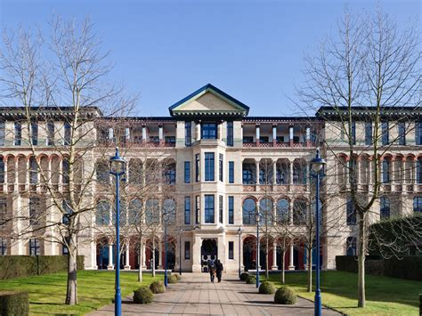 Judge Business School Mba Ranking by The 16 Mbas Where Graduates Can Earn The Highest Salaries