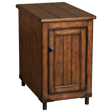 Oak Accent Table Broyhill Furniture 8712 Saluda Oak Accent Table Value City Furniture End Tables