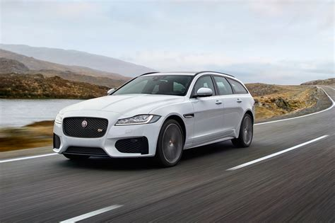 Www Jaguar Xf 2018 Jaguar Xf Sportbrake Arrives This Winter Motor Trend