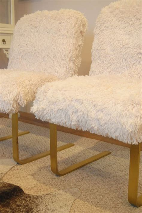 Poofy Chair by Chair Makeover