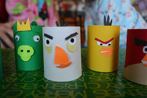 Toliet Paper Crafts - pink and green toilet paper craft