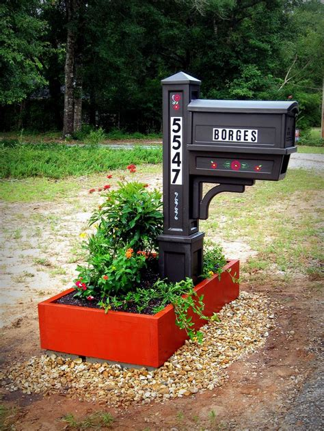 17 best ideas about mailbox planter on yard