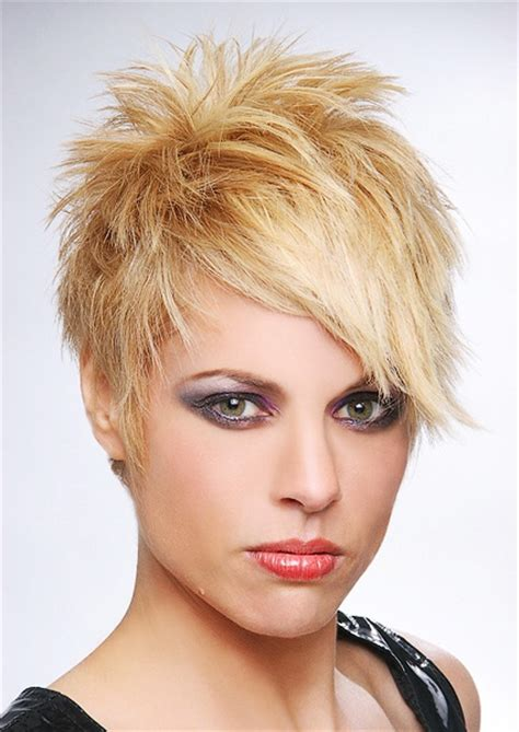 texturizing crown of hair 25 best ideas about angled bangs on pinterest bob