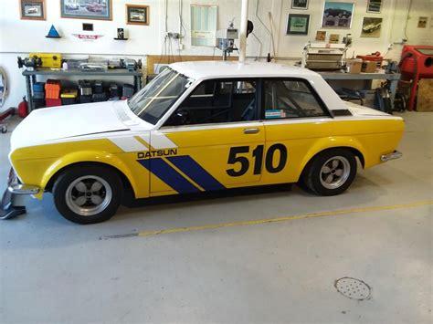 datsun race car colorful datsun 510 race car photo classic cars ideas