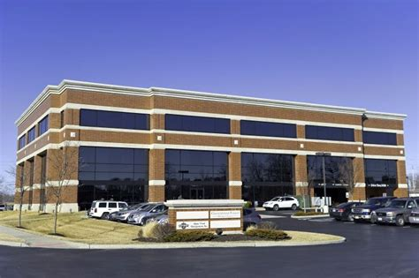 office for rent chesterfield mo on st louis chesterfield - 100 Chesterfield Business Parkway 2nd Floor St Louis Mo 63005
