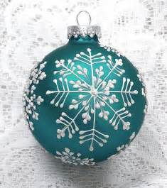 ornaments decorations best 25 painted ornaments ideas on diy