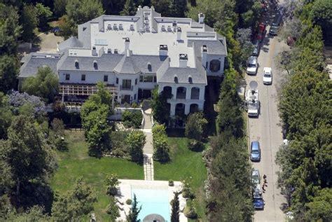 la casa di michael jackson in vendita la villa di michael jackson costo 18 milioni