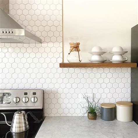 white kitchen tile ideas best 25 white tile backsplash ideas on white