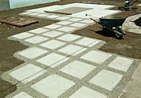 how to put in a paver patio how to install 24 quot concrete pavers lynda makara