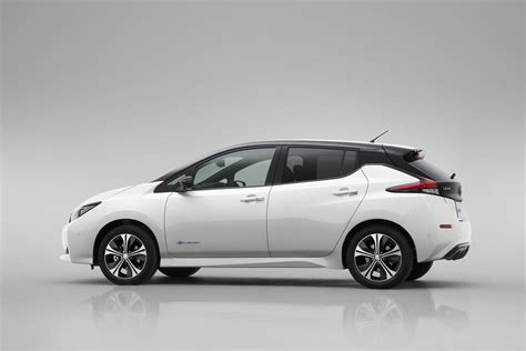 2018 nissan leaf redesign 2018 nissan leaf colors release date redesign price