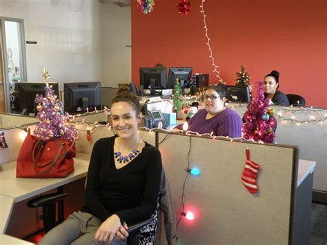 Cubicle Decoration Themes - slideshow colter office christmas decorations gcu today