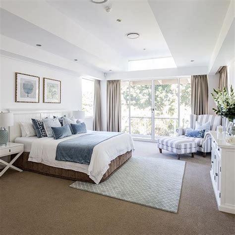 hampton style  home