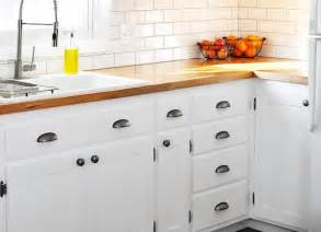 White Kitchen Cabinets Hardware White Kitchen Cabinets Diy Kitchen Cabinets Simple