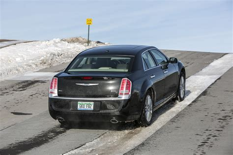 2013 Chrysler 300 Reviews by 2013 Chrysler 300 Review Top Speed