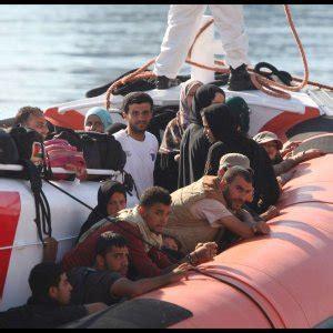 questura di agrigento ufficio immigrazione trapani respinti 120 migranti sbarcati a palermo