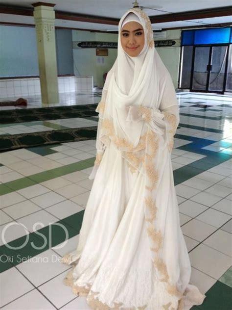 Baju Muslim Oki Setiana Dewi Osd Til Cantik Dengan Model Baju Pengantin Muslim Terbaru